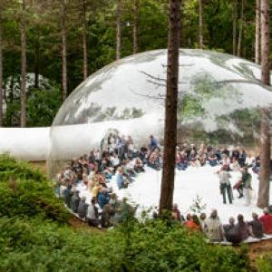 عکس - طراحی یک پلتفرم موقت مفهومی در فستیوال هنری اواِرال هلند