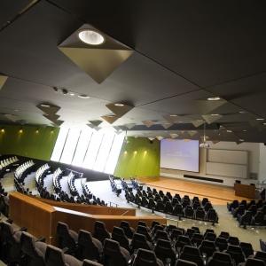 تصویر - ساختمان دانشکده حقوق پردیس Kensignton , اثر تیم طراحی Lyons , استرالیا - معماری