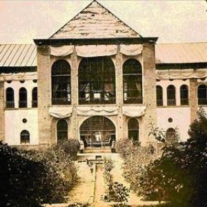عکس - نمایش هفت اثر با مضمون معماری قاجار در فرهنگستان هنر