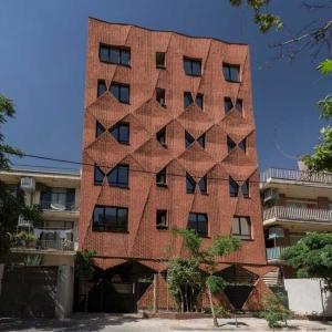 تصویر - بافت بصری و متریال سنتی در پروژه سایه پود  - معماری