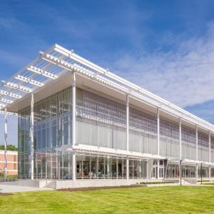 عکس - مرکز نوآوری Watt Family ، اثر تیم طراحی معماران Perkins و Will ، کارولینا شمالی