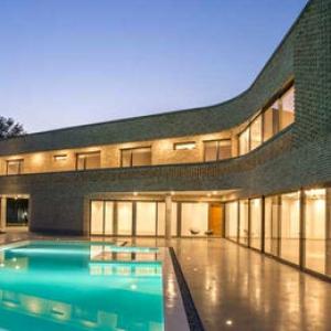 تصویر - تکنیک سنتی و پوسته مدرن در پروژه  گلخانه  - معماری
