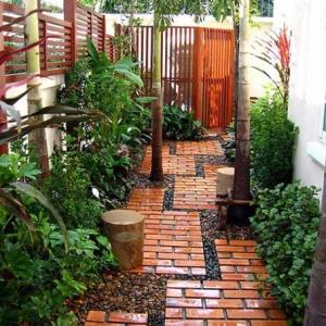 عکس - ایجاد مسیری دوست داشتنی در باغ یا باغچه