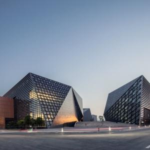 عکس - مرکز فرهنگی و هنری Bishan , اثر تیم طراحی معماری TANGHUAو همکاران , چین