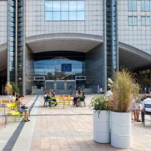 تصویر - طراحی مبلمان شهری با الهام از صور فلکی , City3 و Atelier Starzak Strebicki و Laura Muyldermans , بلژیک - معماری