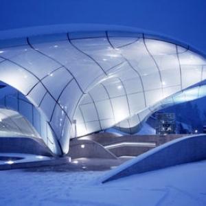 تصویر - بازدید میلیونها گردشگر از پروژههای زاها حدید در  اینسبروک  - معماری