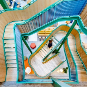 تصویر - شعبه شانگهای ساختمان اداری WeWork Weihai Lu , اثر تیم طراحی Linehouse , چین - معماری