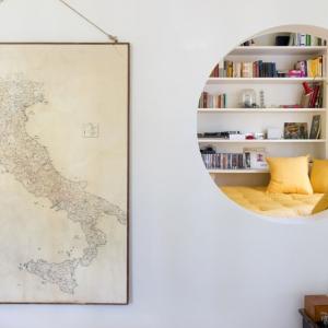 عکس - طراحی جالب توجه درترکیب نشیمن و فضای مطالعه