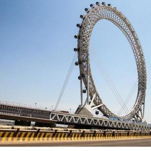 عکس - افتتاح بزرگترین چرخ فلک بدون چرخدنده جهان