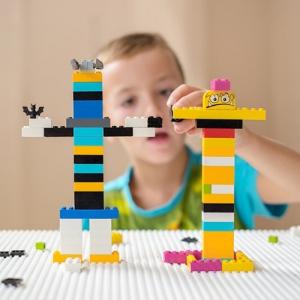 تصویر - مبلمان های سازگار با لگو - معماری