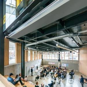 تصویر - مدرسه معماری McEwen ، اثر تیم طراحی LGA Architectural Partners ، کانادا - معماری