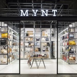 عکس - طراحی داخلی فروشگاه کیف , اثر تیم طراحی DearDesign , اسپانیا