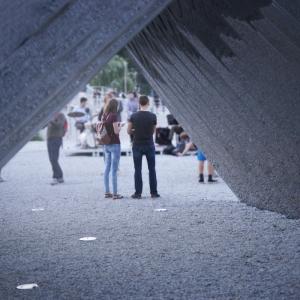 تصویر - سازه قوسی فولادی پاویون NAWA , اثر تیم طراحی Oskar Zieta , لهستان  - معماری