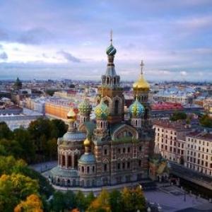عکس - نگاهی بر معماری سنپترزبورگ , میزبانی با موزه آرمیتاژ تا استادیومهای جذاب