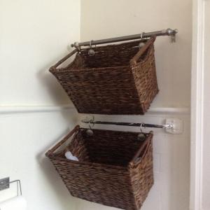 تصویر - انواع آویزهای دیواری قابل استفاده در حمام - معماری