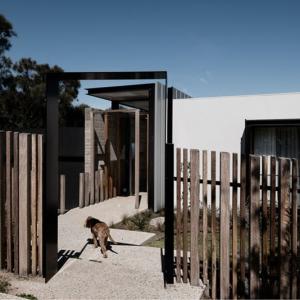 تصویر - ویلای The Two Angle , اثر تیم طراحی Megowan Architectural , استرالیا - معماری