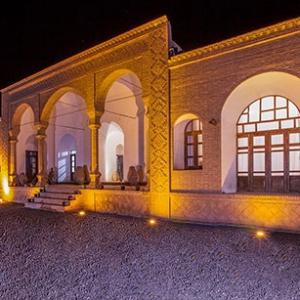 تصویر - نگاهی به اقامتگاهی زیبا در دل کویر ،خانه بومگردی قندچین - معماری