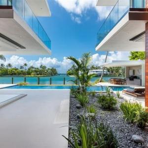 تصویر - Property Showcase , 6480 Allison Rd , Miami Beach - معماری
