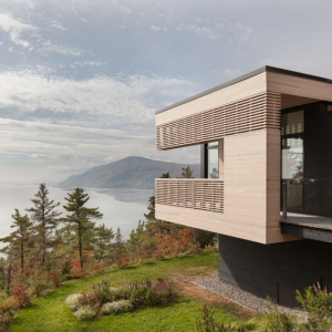عکس - خانه Hillside , اثر تیم طراحی Anne Carrier architecture , کانادا