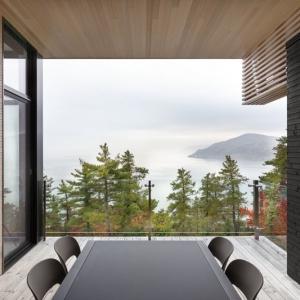 تصویر - خانه Hillside , اثر تیم طراحی Anne Carrier architecture , کانادا - معماری