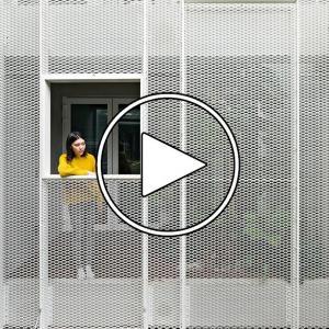 عکس -  ساختمانی مسکونی با نمای 2 پوسته , اثراستودیو همکاران Chun-ta Tsao و Kuan-huan Liu ( استودیو KC Design ) , تایوان