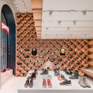 عکس - طراحی یک فروشگاه کفش