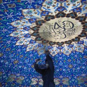 عکس - روایت حسین تنکابنی از طراحی داخلی حرم سید الشهدا