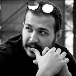 عکس - علی درشتی : هنوز جدارهها مرز بین کافهها و شهر هستند