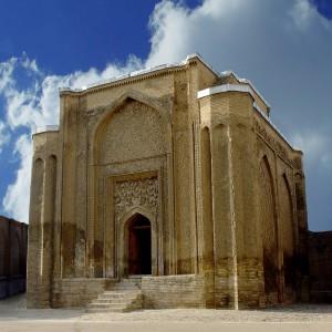 تصویر - گنبد علویان، میراث سبز، عظیم و زیبای همدان - معماری