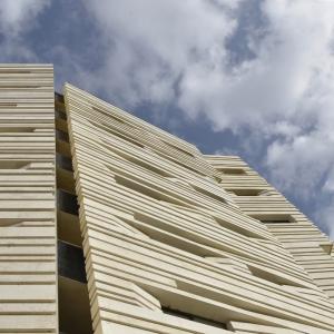 عکس - ساختمان مسکونی آوینی , اثر دفتر معماری هرم , قم
