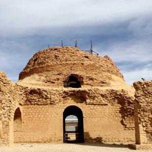تصویر - کاخ باشکوه سروستان ، قدیمیترین گنبد آجری کشور ، استان فارس - معماری