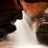 عکس - آبشار زیبای مُجـِن , یکی از پر هیجانترین و جذابترین آبشارهای ایران