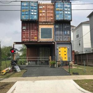 تصویر - معماری متفاوت خانه پلاک ۲۱۱۳ - معماری