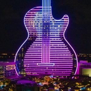 تصویر - هتل گیتار ( Guitar-shaped Hard Rock ) , اثر  klai juba wald architecture , آمریکا - معماری