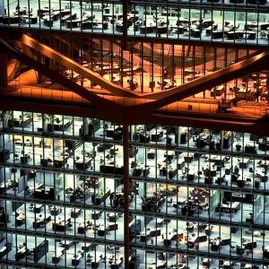 تصویر - دفتر مرکزی HSBC , اثر نورمن فاستر ( Norman Foster ) , هنگ کنگ - معماری