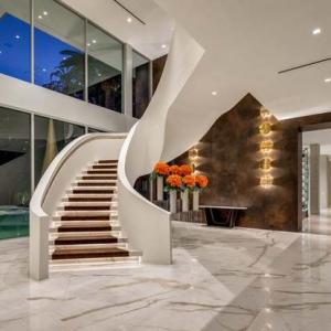 تصویر - ویلا 627 Carcassonne Road , آمریکا , لس آنجلس , منطقه Bel Air-Holmby Hills - معماری