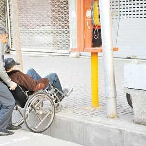 عکس - ابلاغ ضوابط شهرسازی و معماری برای معلولان