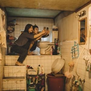 تصویر - نگاهی به فیلم انگل ، روایتگری شکاف طبقاتی از طریق معماری - معماری