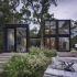 عکس - خانه ای متشکل از کانتینر های حمل و نقل , اثر تیم طراحی MB Architecture , آمریکا