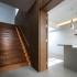 عکس - نورپردازی خاص و زیبای پلکان چوبی