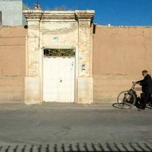 عکس - بازسازی خانه پرویز مشکاتیان بر اساس نقشه اصلی بنا