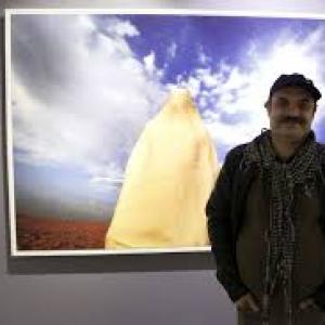 تصویر - روایت جمشید بایرامی از عکاسی دور ایران تا بهسازی جزیره هرمز - معماری