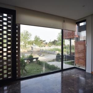 تصویر - خانه آجری مازیار،اثر شرکت معماری نقش خاک،مازندران - معماری