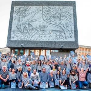 عکس - برچیدن نقاشی دیواری پابلو پیکاسو پس از سالها اختلاف