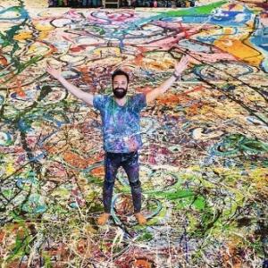 تصویر -  آفرینش بزرگترین اثر نقاشی جهان در دبی توسط ساشا جفری - معماری