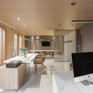 عکس - دفتر اداری Construroom , اثر تیم طراحی Casa Gil Medeiros Interiores , برزیل