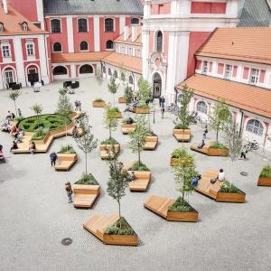 عکس - طراحی فضای سبز تالار شهر  Poznan در لهستان