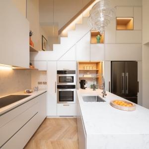 تصویر - استفاده مفید و خلاقانه از تمام فضای آشپزخانه - معماری