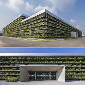 تصویر - نمای سبز کارخانه ای در ویتنام - معماری