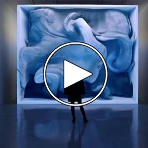 عکس - هنر در عصر هوش ماشینی ، رفیق آنادول (سخنرانیTED)